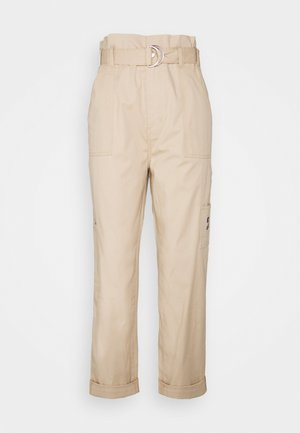 PAPERBAG PANT - Trousers - sahara tan