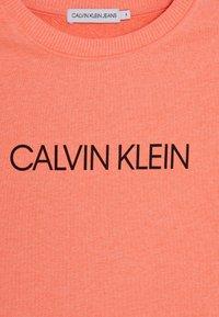 Calvin Klein Jeans - INSTITUTIONAL LOGO  - Sweater - pink - 4