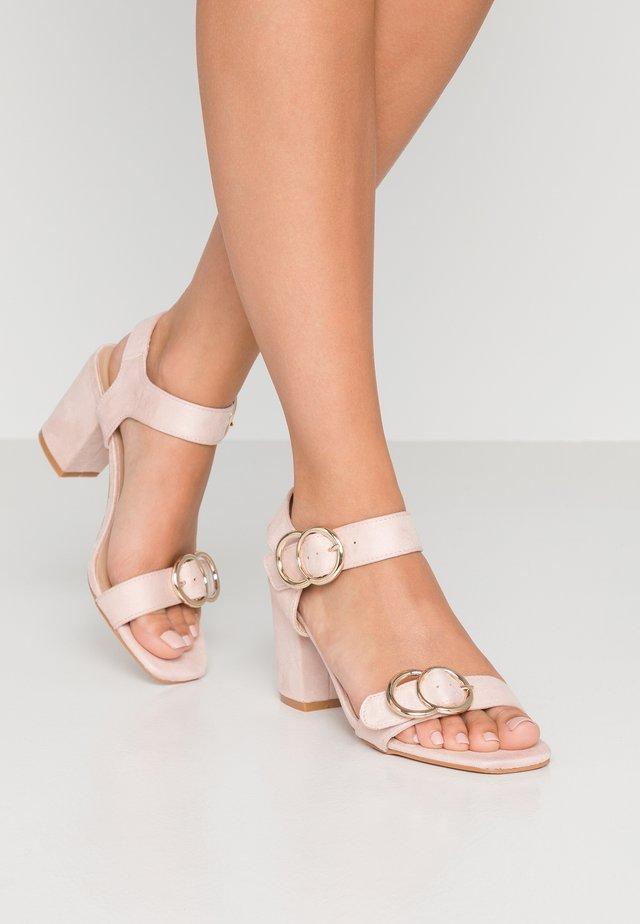 Sandały - pink