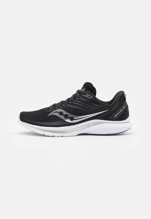 KINVARA 12 - Chaussures de running neutres - black/silver