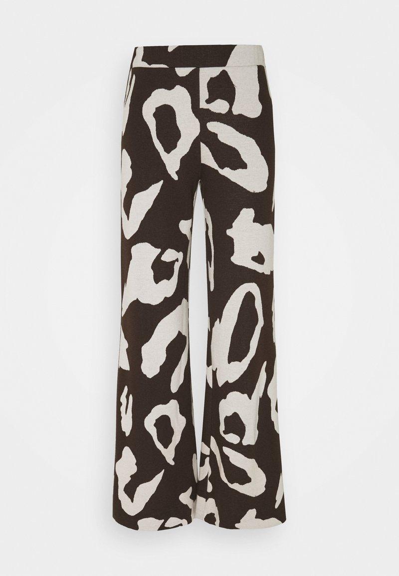 Stieglitz - KOGARA PANTS - Trousers - brown