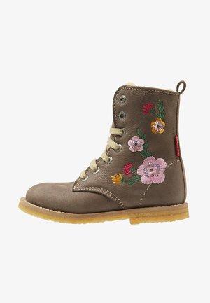 SIXTEEN - Winter boots - grijs