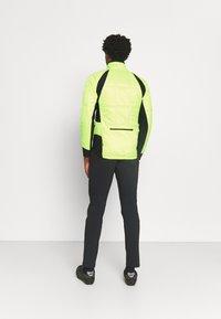 LÖFFLER - BIKE ISO JACKET HOTBOND - Outdoorjakke - neon yellow - 2