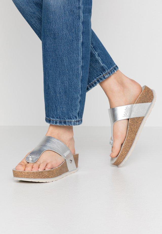 QUINOA SHINE - Sandalias de dedo - silber