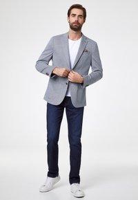 Pierre Cardin - VOYAGE LYON - Slim fit jeans - dark blue - 1