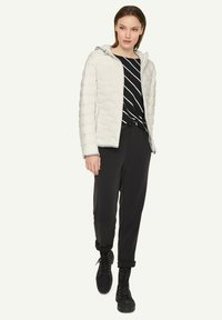 comma casual identity - Down jacket - offwhite - 1