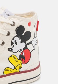 MOA - Master of Arts - MASTER COLLECTOR - Sneakers alte - white - 6