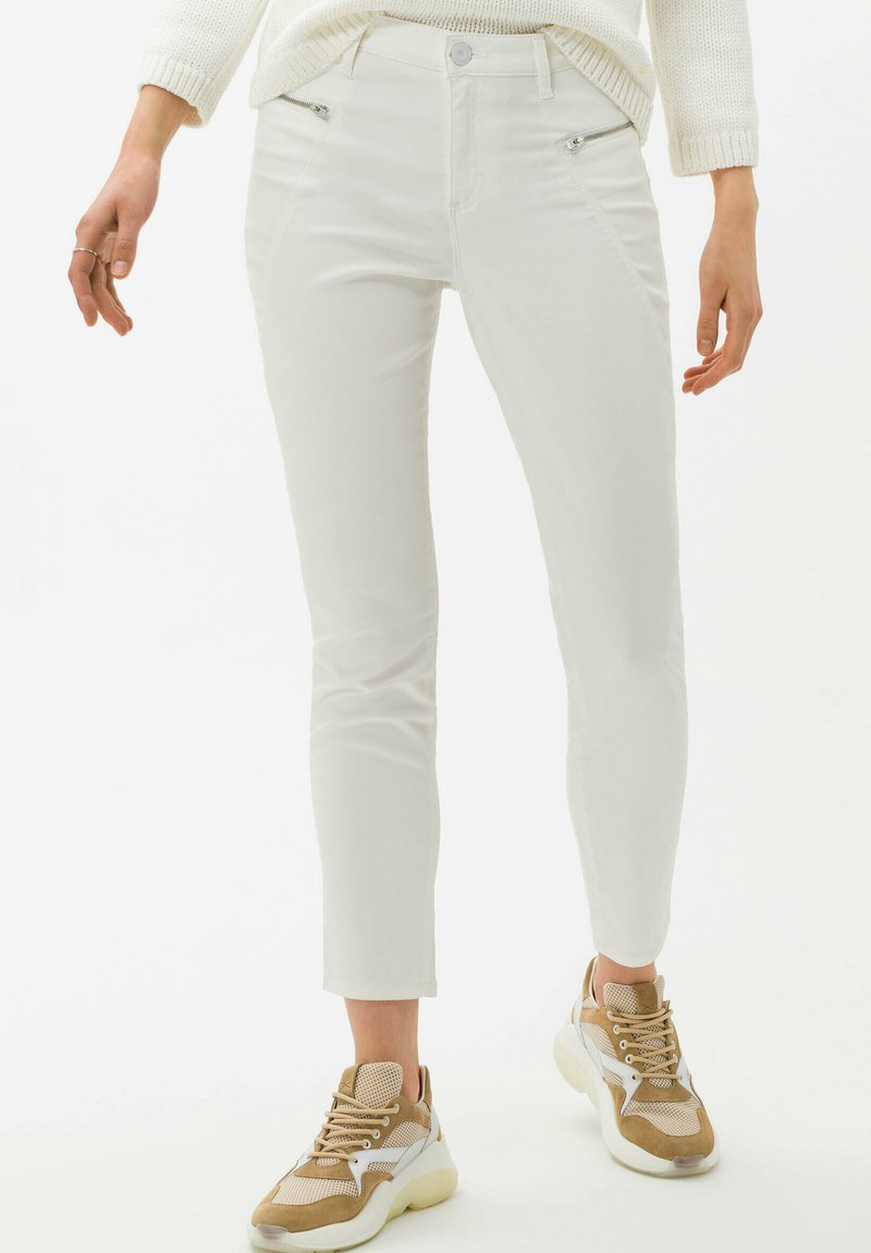 BRAX - STYLE SHAKIRA S - Jeans Skinny Fit - clean off-white