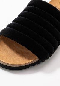 Scholl - MYA  - Domácí obuv - black - 2