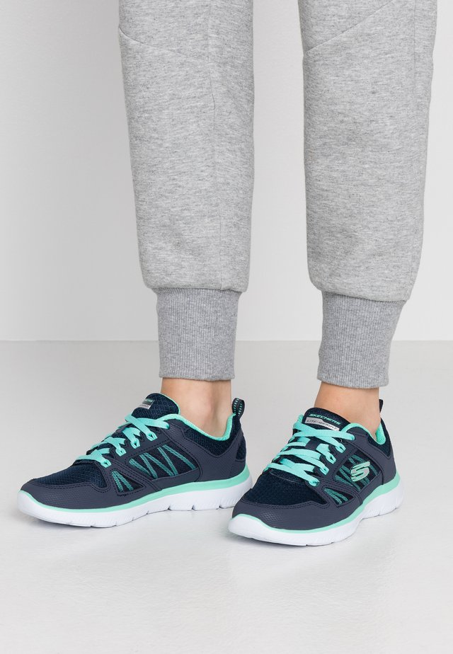 SUMMITS - Sneaker low - navy/turquoise