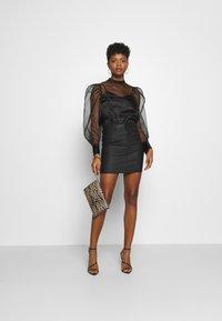 Vero Moda - VMSEVEN SKIRT - Mini skirt - black - 1