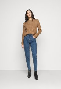 Object Tall - OBJVINNIE MOM - Vaqueros boyfriend - medium blue denim - 1