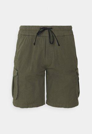 DOUBLE - Shorts - olive