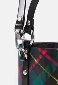 Vivienne Westwood - BETTY SMALL BUCKET - Handbag - green - 4