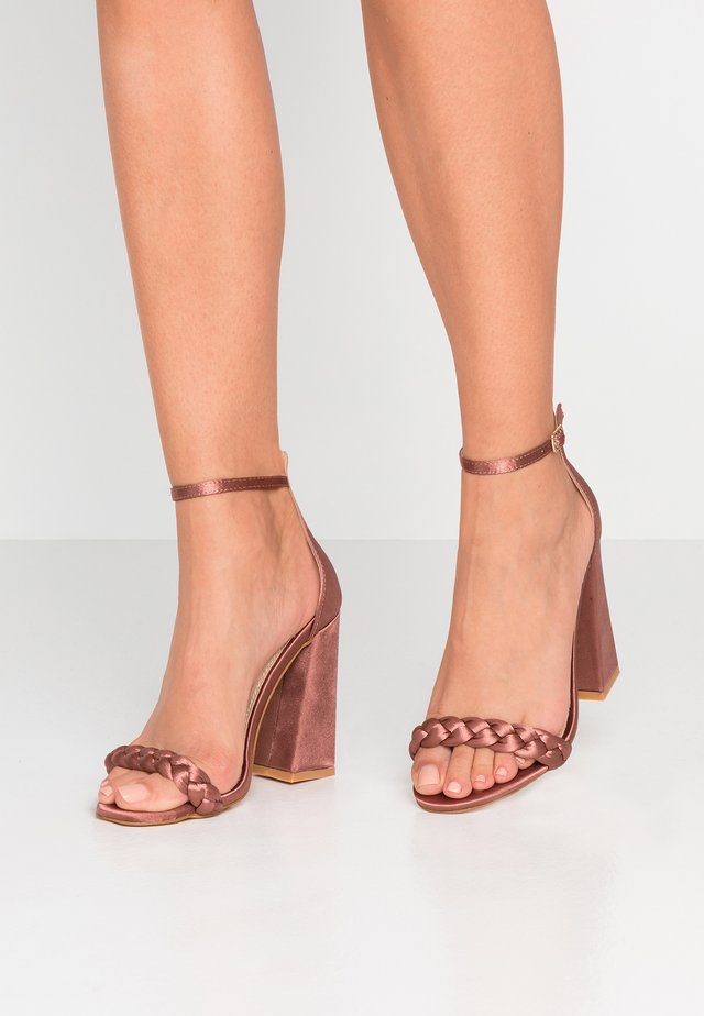 Sandalen met hoge hak - blush