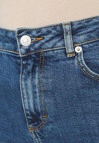 Carin Wester - ELLE - Straight leg jeans - denim blue - 4