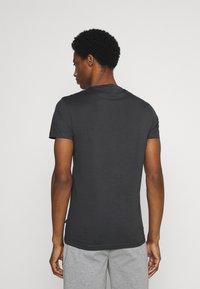 Pier One - Basic T-shirt - dark grey - 2