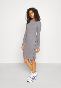 Vila - VISOLTO BUTTON DRESS - Robe fourreau - medium grey melange - 0