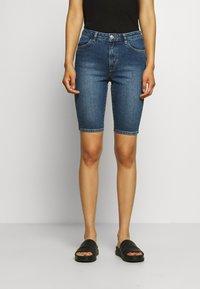 Carin Wester - KATY - Short en jean - light blue - 0