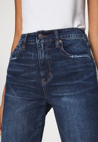 American Eagle - Slim fit jeans - deep indigo - 6