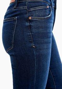 s.Oliver - Denim shorts - dark blue - 4