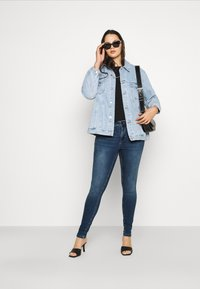 Zizzi - AMY - Jeans Skinny Fit - blue denim - 1
