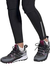 adidas Performance - Hiking shoes - grau - 0