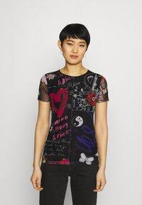 Desigual - CHICAGO - T-shirts med print - black - 0