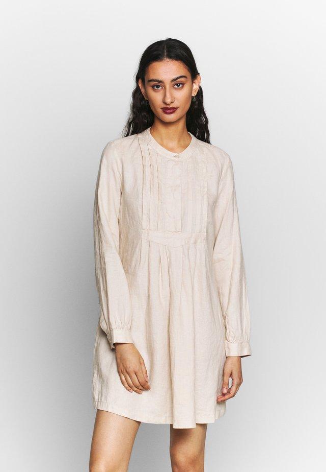 DRESS - Košilové šaty - beige