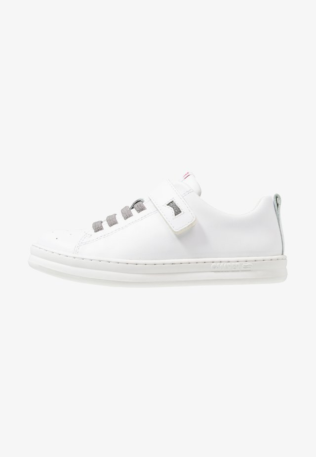RUNNER FOUR - Sneakers laag - white natural