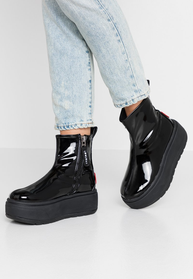 Coolway - RUIAN - Platform ankle boots - black