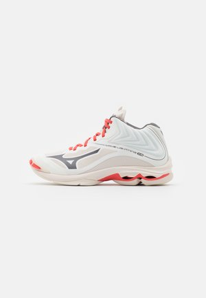 WAVE LIGHTNING Z6 MID - Volleyball shoes - snow white/quiet shade/coral