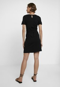 Dorothy Perkins - PLAIN TIE DRESS - Jersey dress - black - 3