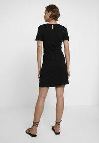 Dorothy Perkins - PLAIN TIE DRESS - Jersey dress - black - 3