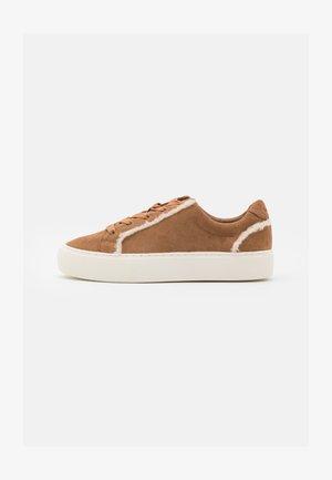 ZILO HERITAGE - Sneakersy niskie - chestnut