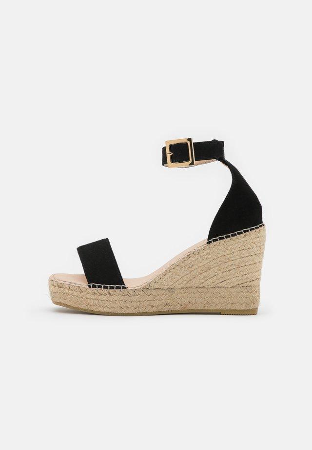 DIJON - Sandały na platformie - noir