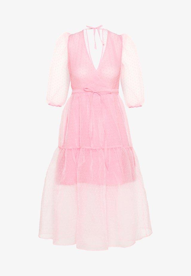 SARA DRESS - Robe d'été - pink