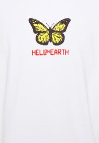 Obey Clothing - HELL ON EARTH - Printtipaita - white - 2