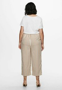 ONLY Carmakoma - Trousers - almondine - 2