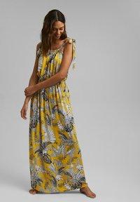 Esprit - Maxi dress - yellow - 0