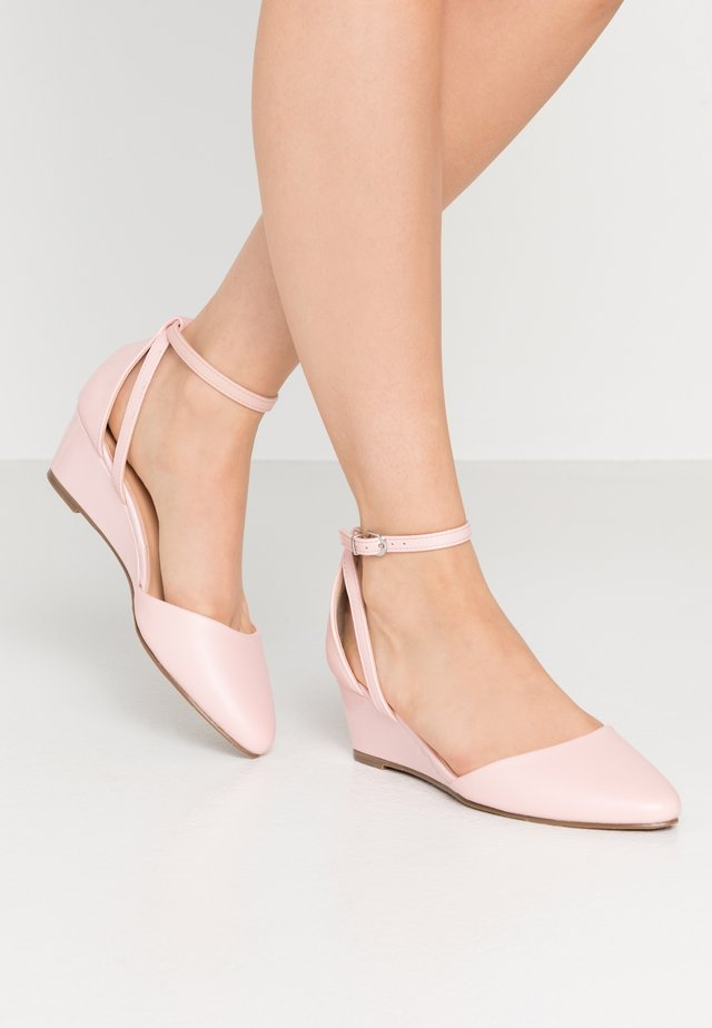 BERNICE - Wedges - pale pink