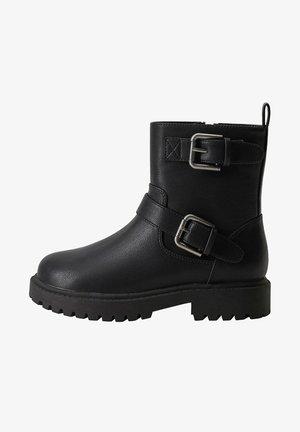 STIEFELETTE MIT SCHNALLEN ANAHU - Ankle boots - schwarz