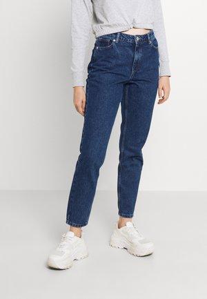 ONLJAGGER LIFE HIGH MOM ANKLE - Jeans Tapered Fit - dark medium blue denim