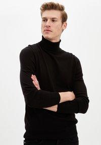 DeFacto - Stickad tröja - black - 4