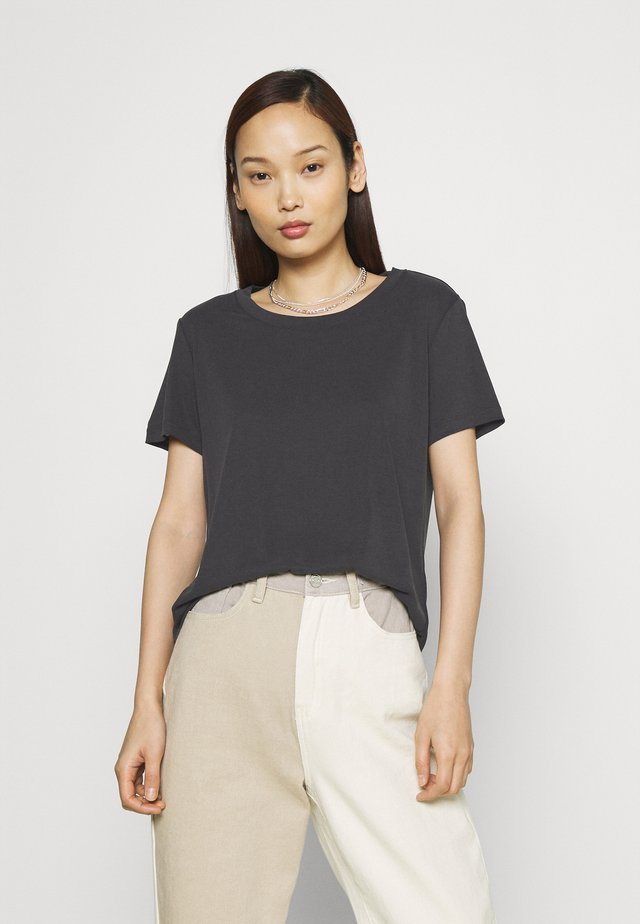 JOLINA - Basic T-shirt - black