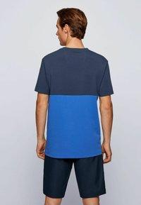 BOSS - TEE  - Print T-shirt - dark blue - 2