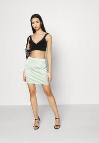 Missguided - BUTTON DOWN SIDE MINI SKIRT - Mini skirt - sage - 1