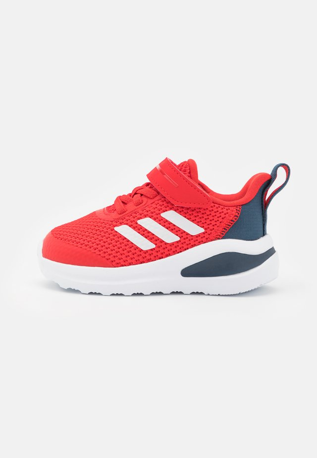 FORTARUN UNISEX - Neutral running shoes - vivid red/footwear white/crew navy