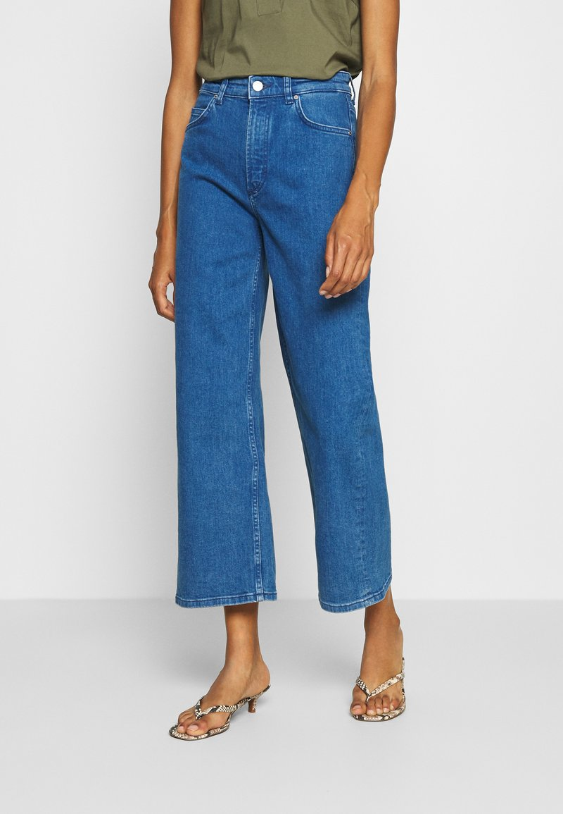 Marc O'Polo DENIM - TOMMA CROPPED - Relaxed fit jeans - pre fall blue
