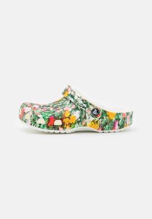 CLASSIC PRINTED FLORAL - Sandalias planas - white/multicolor